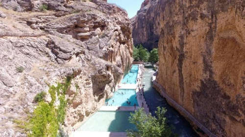 Kudret Havuzu bayram tatili için ziyaretçilerini bekliyor