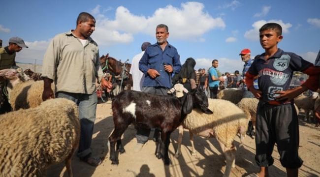 Gazzede ekonomik kriz nedeniyle Filistinliler kurban alamıyor
