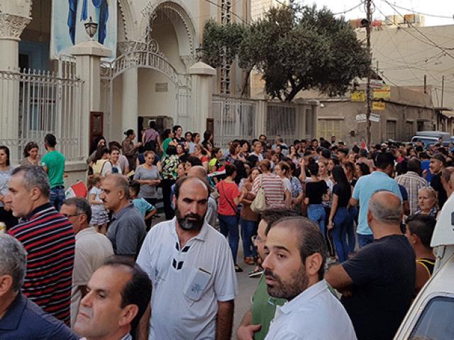 Suriyeli Hristiyanlar terör örgütü YPG/PKKyı protesto etti