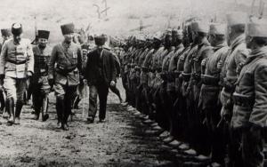 Mustafa Kemal Atatürk ve Büyük Taarruzun bilinmeyen fotoğrafları