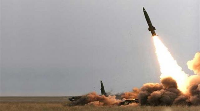 Husilerden Suudi Arabistana balistik füze saldırısı