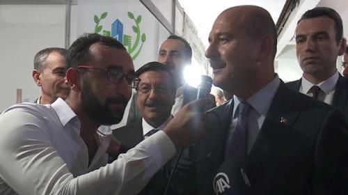 İçişleri Bakanı Süleyman Soylu türkü söyledi