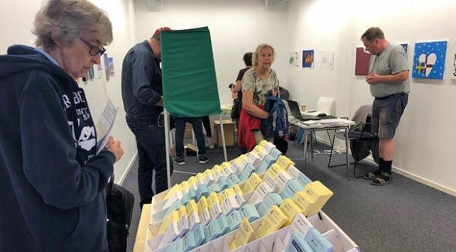 İsveçte seçim sonuçlarında sağ blok önde