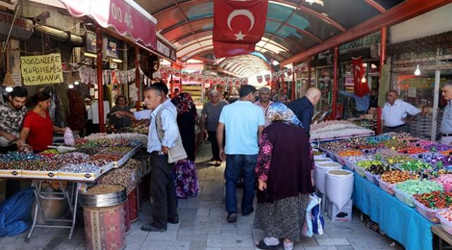 Amasya Merzifon Arastası geleneksel esnaf kültürünü sürdürüyor