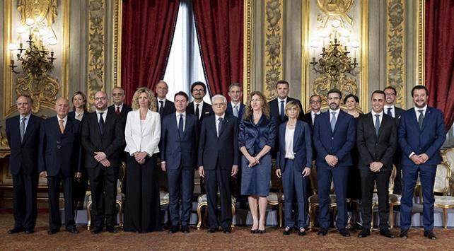 """İtalyan hükümetinde """"Macaristan"""" çatlağı"""