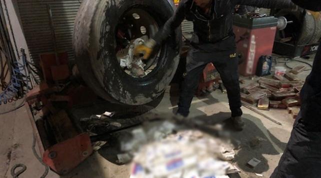 Vanda 6 bin paket kaçak sigara ele geçirildi