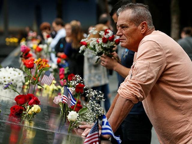 ABDde 11 Eylül saldırılarının kurbanları törenlerle anıldı