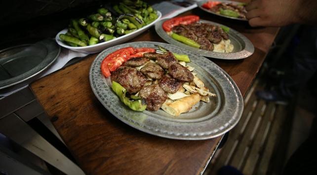 Bursanın gastronomi durağı: Tarihi Kayhan Çarşısı