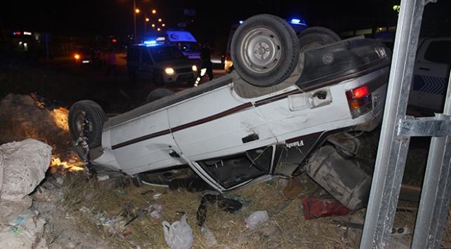 Polisten kaçan şüpheliler kaza yaptı: 5 yaralı