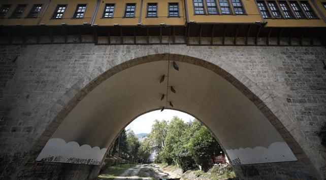 Bursadaki 576 yıllık Irgandı Çarşılı Köprüsü turistlerin uğrak mekanı