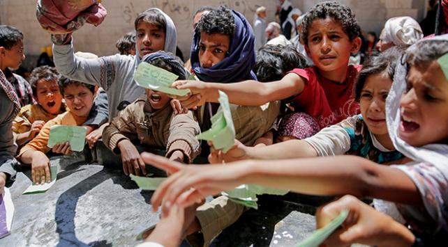 Yemende halk felaketlerle boğuşuyor