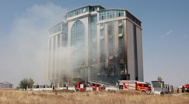 Ankarada kapatılan FETÖ yurdunda yangın