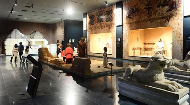 Karun Hazinesi Uşak Arkeoloji Müzesinde sergilenmeye başladı