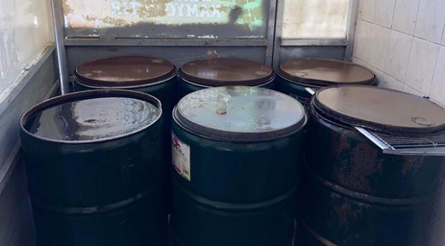 Adanada 2 bin 100 litre kaçak akaryakıt ele geçirildi