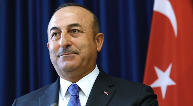 Bakan Çavuşoğlu Bakünün kurtuluş yıl dönümünü kutladı