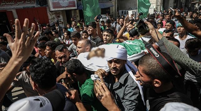 Gazze Büyük Dönüş Yürüyüşü şehitlerini uğurladı