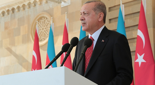 Cumhurbaşkanı Erdoğan: Bize verebilecekleri hiçbir tarih dersi yoktur