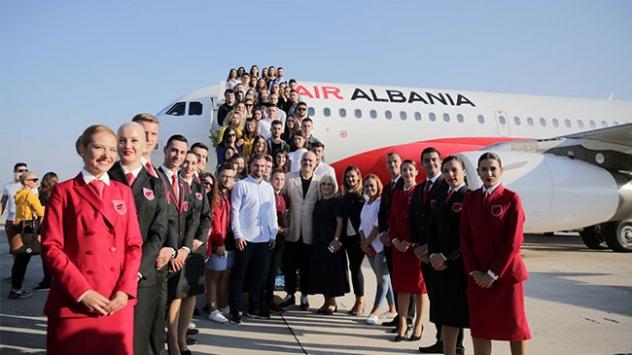 Arnavutlukun ilk ulusal havayolu şirketi Air Albanianın ilk seferi İstanbula