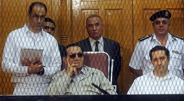 Mısırda devrik Cumhurbaşkanı Hüsnü Mübarekin oğulları tutuklandı