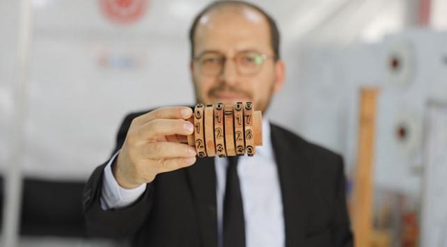 Sayısal dersler için geri dönüştürülebilir bilimsel oyuncaklar