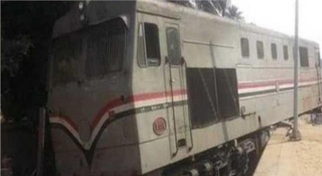 Mısırda yolcu treni raydan çıktı: 12 yaralı