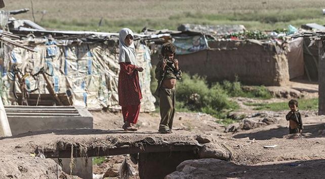Pakistanın kararı Afgan mültecileri ikiye böldü