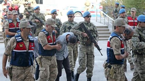 Suriyede yakalanan 9 YPG/PKKlı terörist adliyede
