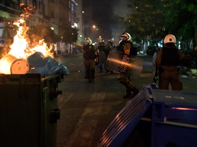 Yunanistanda olaylı ırkçılık karşıtı gösteri