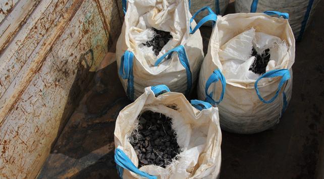 """""""Polis süsü"""" vererek 20 ton molibden çaldılar"""