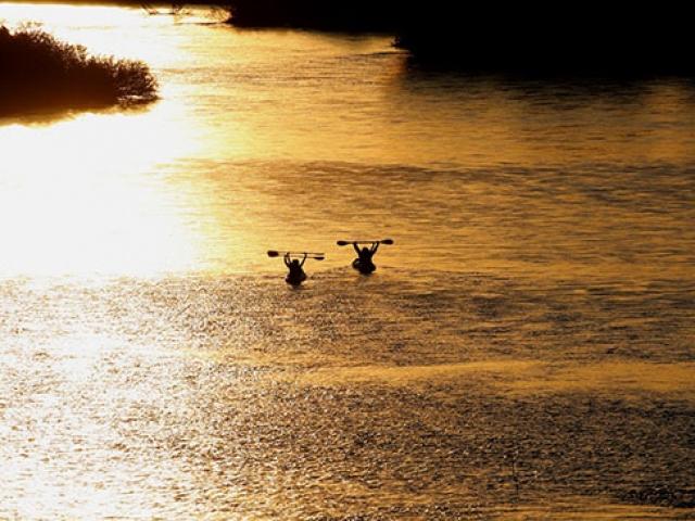 Meriç Nehrinde gün batımı yolculuğu