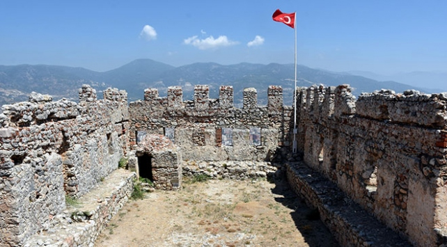 Osmanlı karakolu Ehmedek Kalesinde yeni bulgulara rastlandı