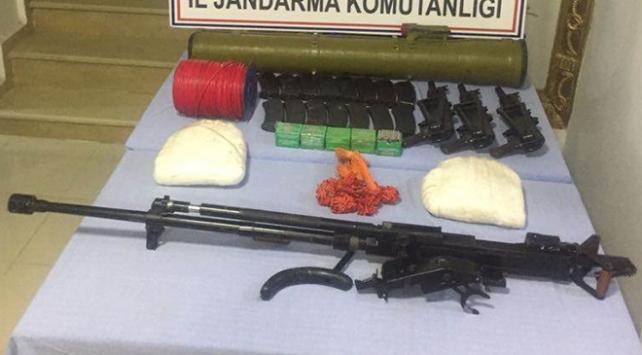 Şırnakta PKKya ait çok sayıda silah ve mühimmat ele geçirildi
