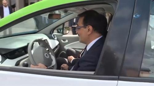 Bakan Dönmez yüzde 100 elektrikle çalışan aracı denedi