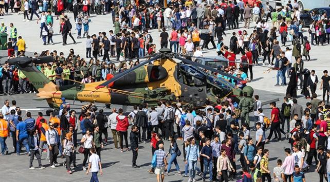 TEKNOFEST İstanbulun ilk günkü etkinlikleri tamamlandı