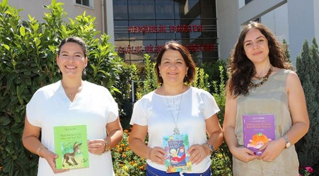 """Çocuk hastalar için """"Bir Kitap da Senden Olsun"""" projesi"""