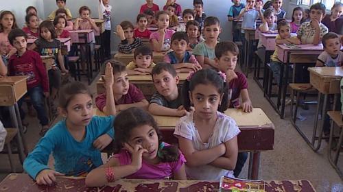 Afrinli çocuklar yıllar sonra okullarına kavuştu