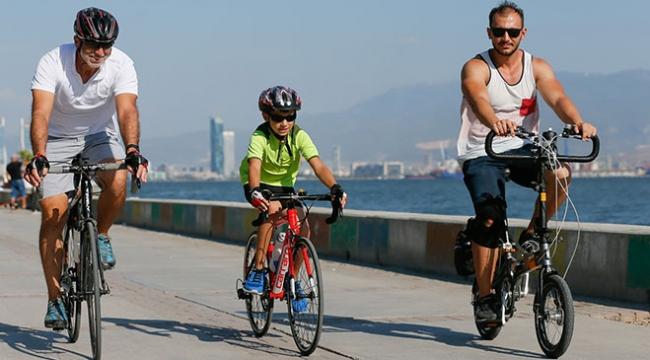 Oğlunun tavsiyesiyle başladığı bisiklet sporuyla hayata tutundu