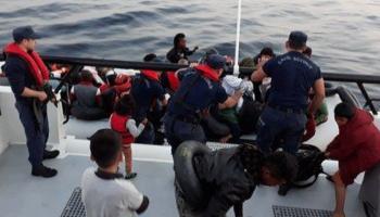 İzmirde 149 düzensiz göçmen yakalandı