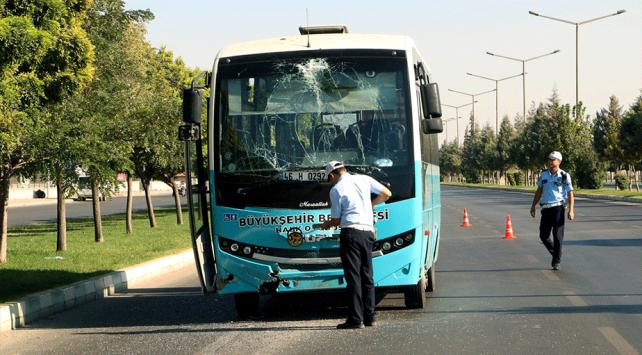 Kahramanmaraşta iki halk otobüsü çarpıştı: 7 yaralı