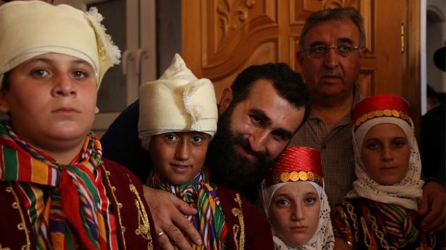 Diriliş Ertuğrulun Abdurrahman Alpi El Babda sünnet törenine katıldı
