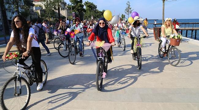 """Orduda """"Süslü Kadınlar Bisiklet Turu"""" yapıldı"""