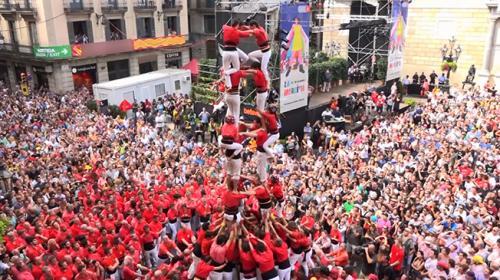 İspanyada sıra dışı festival: İnsan kulesi