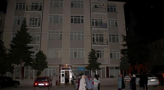 Konyada 2 bina yıkılma tehlikesine karşı boşaltıldı