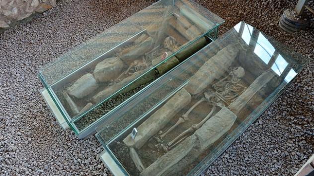 Parion Antik Kentinde bin 500 yıllık mezar koruma altına alındı