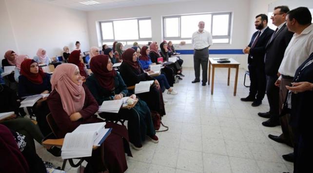 Türkçe Doğu Kudüste okul müfredatında