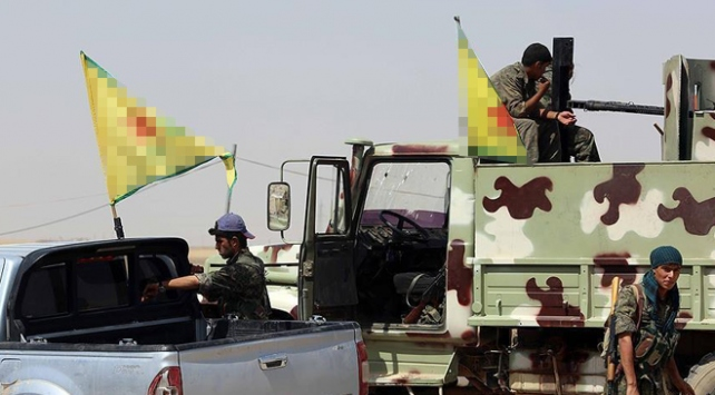 YPG/PKK Deyrizorda köy basarak 10 sivili öldürdü