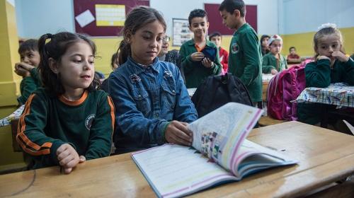 Suriyeli küçük Halime okullu oldu