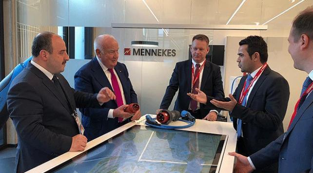 Bakan Varank Alman Mennekes şirketini Türkiyeye davet etti