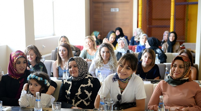 Kadın sohbetleri projesi sağlık için bilgilendirdi