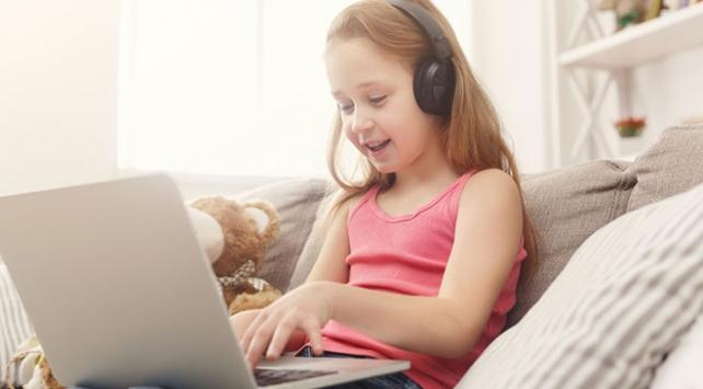 Okul çağına gelmemiş 4 çocuktan 3ü teknolojik cihazlara erişiyor